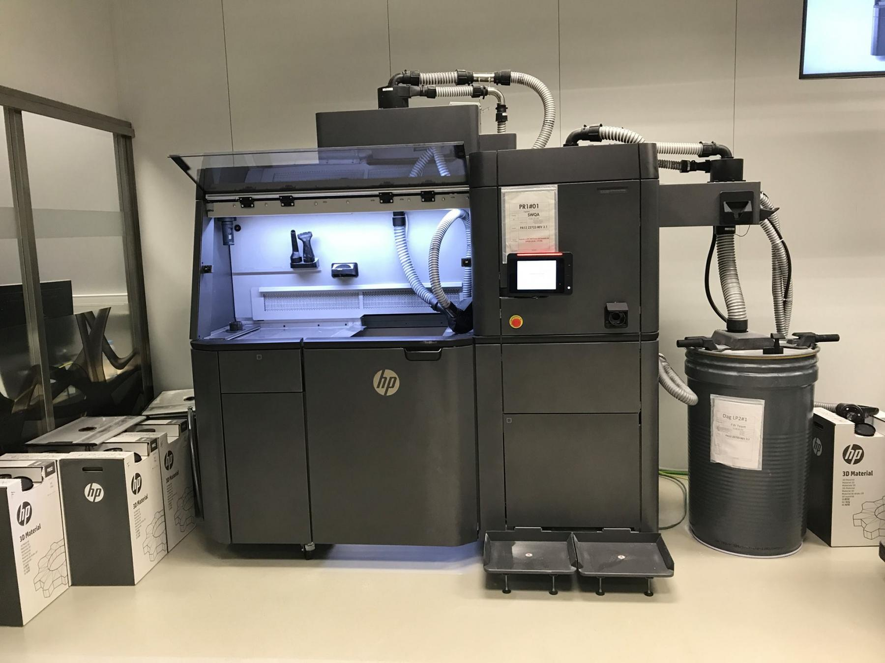 HP Jet Fusion 4200 3D Printing Solution